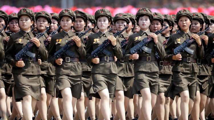 مجندات كوريا الشمالية يعملن تحت التحرش اليومي