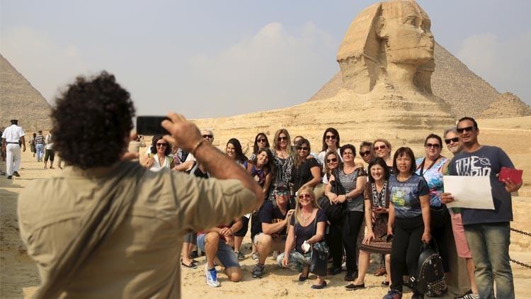 منظمة تكشف عن موعد عودة السياح إلى مصر وتركيا