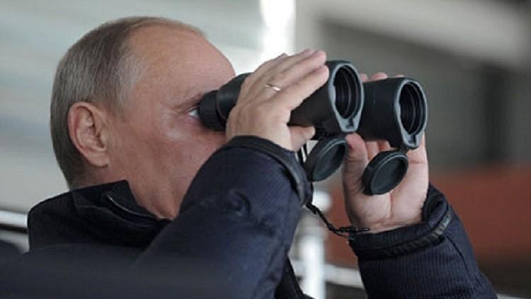 بوتين سيتابع إطلاق أول صاروخ من مطار