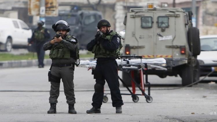 مقتل شابين فلسطينيين عند حاجز قلنديا