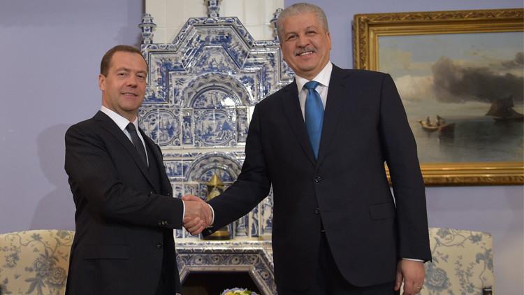 موسكو والجزائر توقعان اتفاقيات بمجالات حيوية