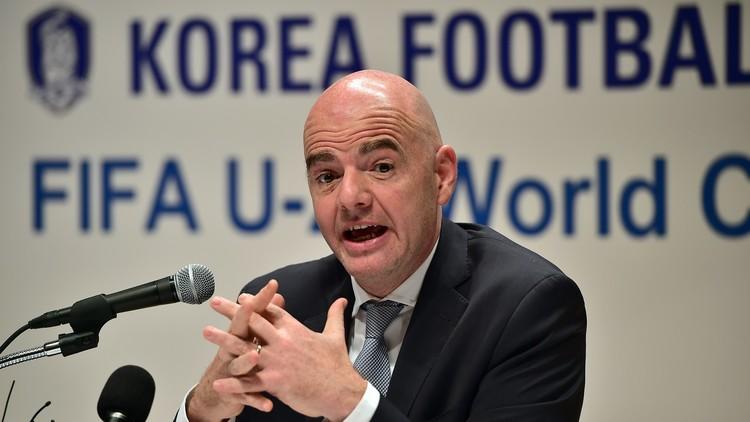 إنفانتينو يسعى لتنظيم مباراة ودية بين الكوريتين