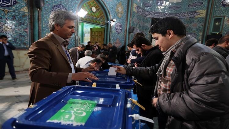 فرز أصوات الجولة الثانية من انتخابات البرلمان الإيراني