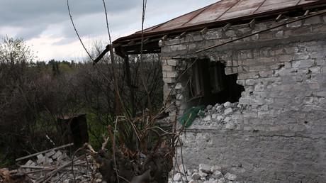 منزل مدمر  واقع في منطقة النزاع المسلح في قره باغ