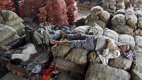 مواطنو الهند يعانون من موجة جفاف شديد