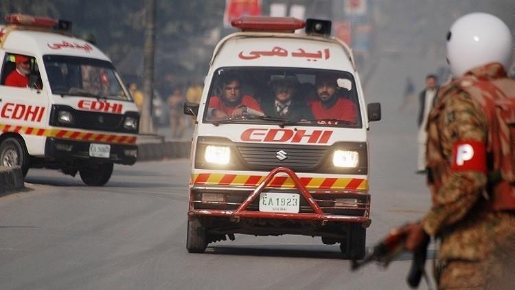 مصرع 33 شخصا بتسمم في باكستان