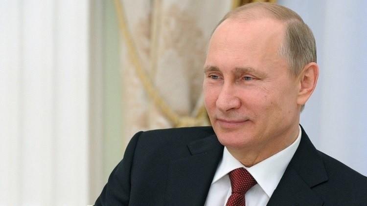 بوتين يوقع قانون هبة أرض للمواطنين الروس