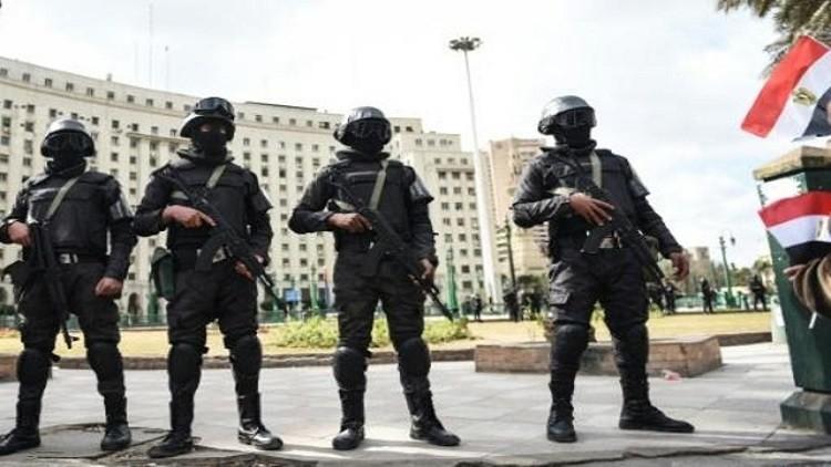 مصر.. حبس صحفيين 15 يوما والاتحاد الأوروبي يندد