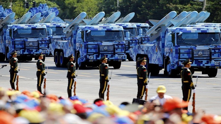الصين تختبر بنجاح صاروخا خارقا