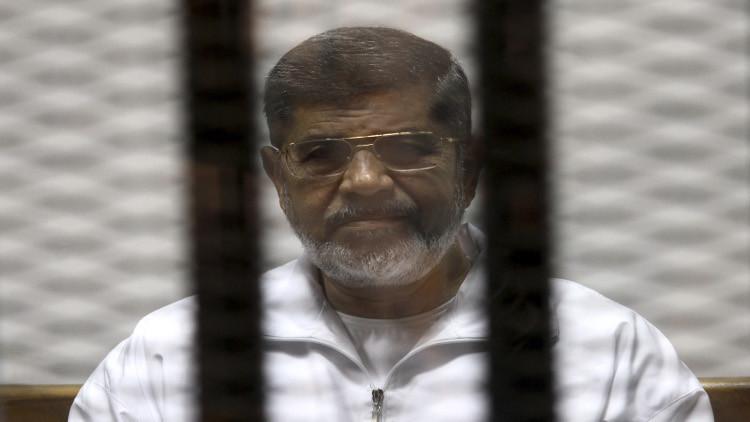 تأجيل النطق بالحكم على مرسي في قضية
