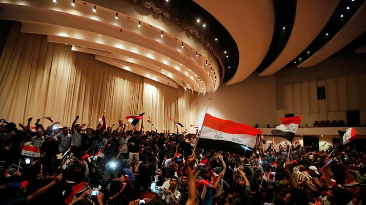 بغداد من دون جلسات نيابية أو حكومية منذ اقتحام