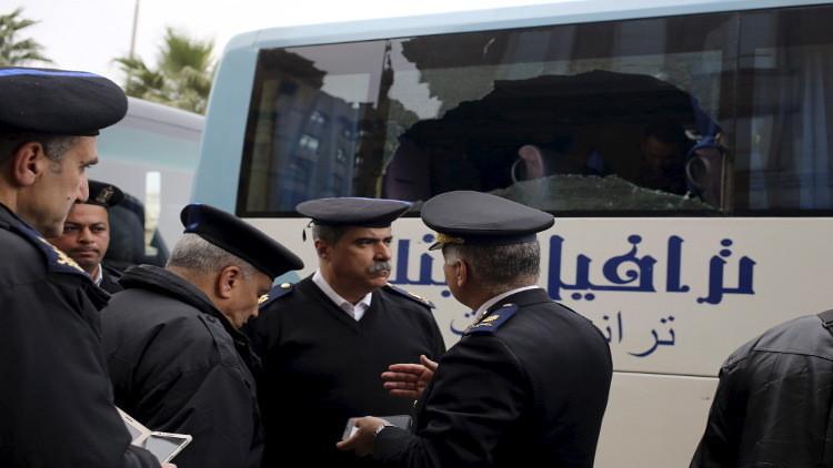 مقتل رجال أمن مصريين جنوبي القاهرة وداعش يتبنى