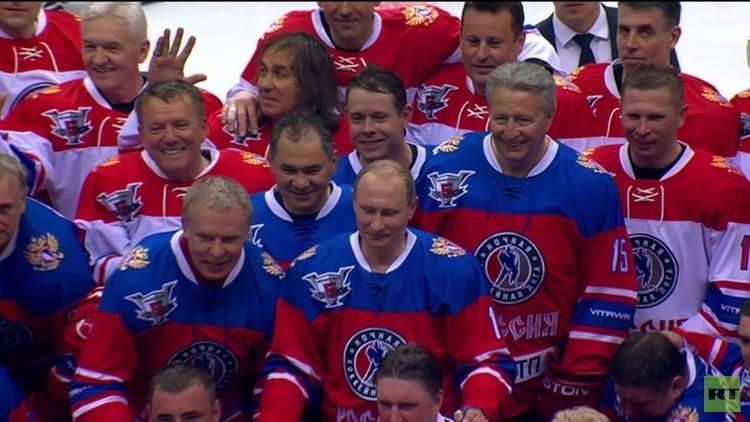 بوتين يحرز هدفا جميلا لفريقه في مباراة للهوكي