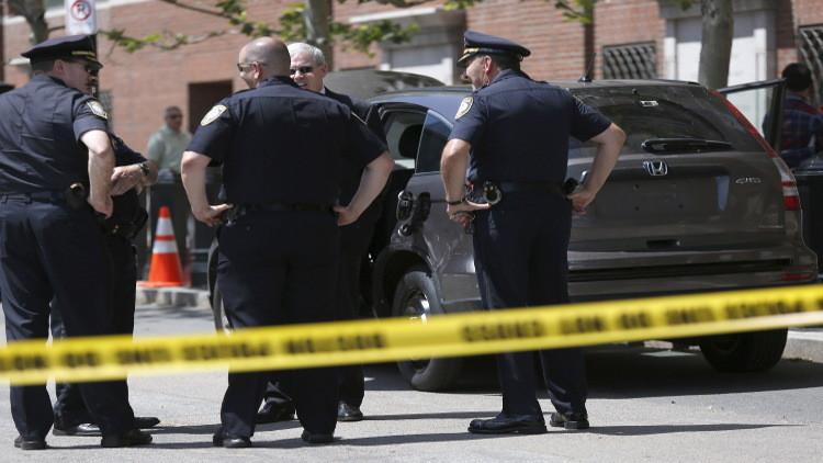 عملية طعن تسفر عن مقتل شخصين والمشتبه به في بوسطن