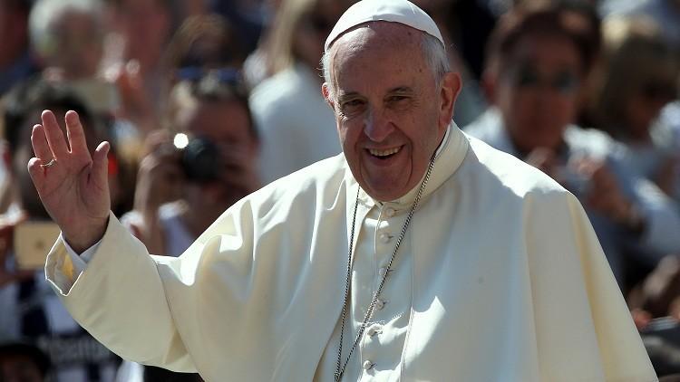 البابا فرنسيس سيزور نصب ضحايا الإبادة بأرمينيا