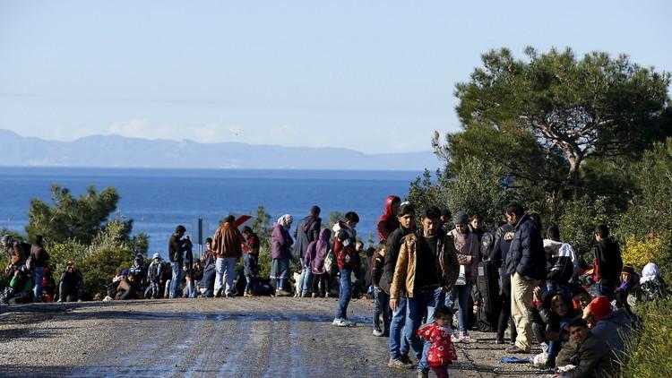 تراجع عدد المهاجرين إلى اليونان بنسبة 90%