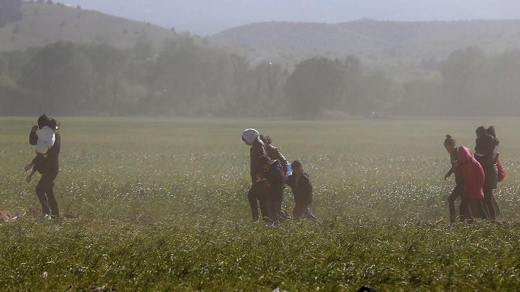 أثينا تعتقل 57 مهاجرا عند حدودها مع تركيا