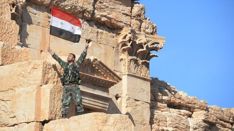 الجيش السوري يعتقل قائدا في