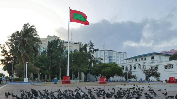 المالديف تقطع علاقاتها الدبلوماسية بإيران
