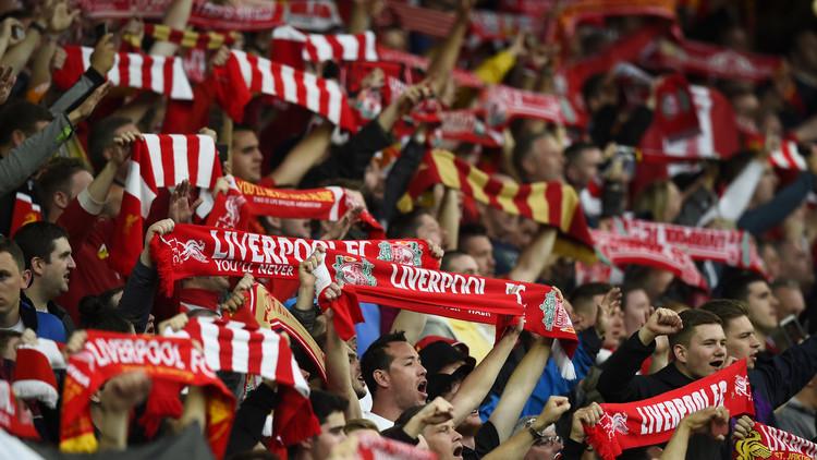 جماهير إشبيلية تستقبل أبطالها المتوجين بكأس الدوري الأوروبي