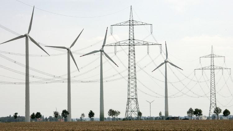 ألمانيا تدفع لمواطنيها كي يستهلكوا الكهرباء الزائدة عن الحاجة