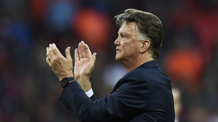 فان خال يعلن رحيله عن مانشستر يونايتد