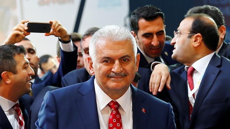 أردوغان يكلف يلدريم بتشكيل حكومة جديدة