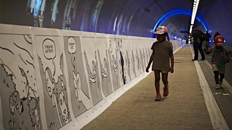 طلاب فرنسيون يحققون رقما قياسيا في رسم أطول لوحة فكاهية في العالم