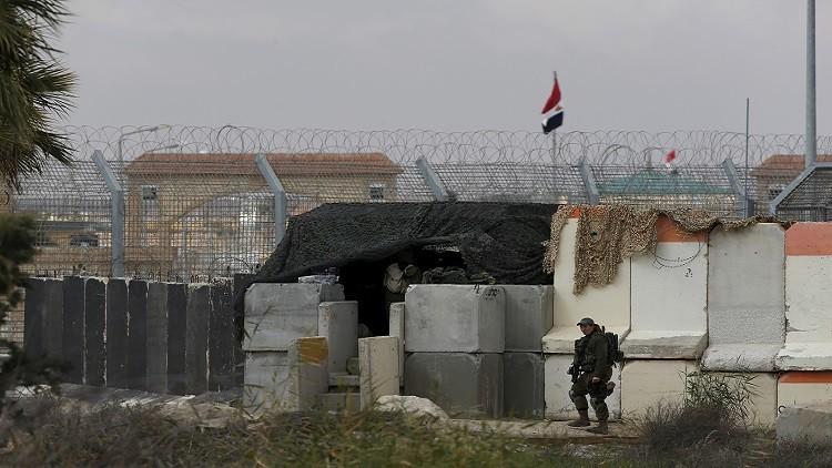 مصر.. مقتل 4 عسكريين في سيناء وتمديد الطوارئ