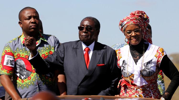 مظاهرات تدعو لبقاء موغابي رئيسا لزيمبابوي
