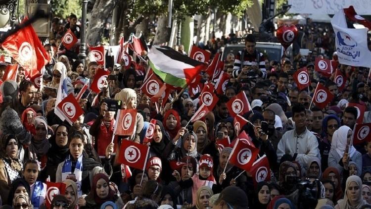تظاهرات في تونس ضد رفع سن التقاعد