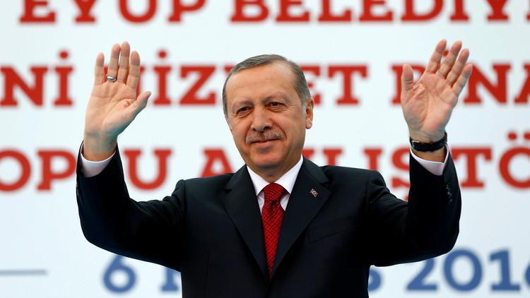 أردوغان يحتفل مع مليون من أنصاره بالفتح العثماني