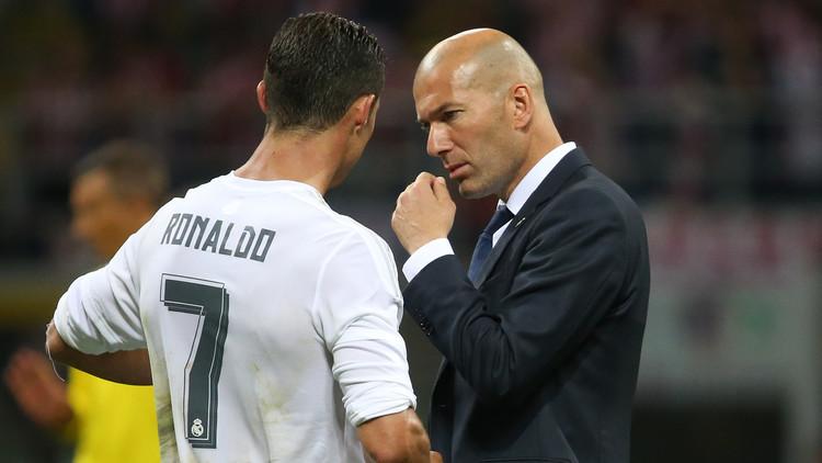 ماذا قال رونالدو لزيدان قبل ركلات الترجيح ضد أتلتيكو؟