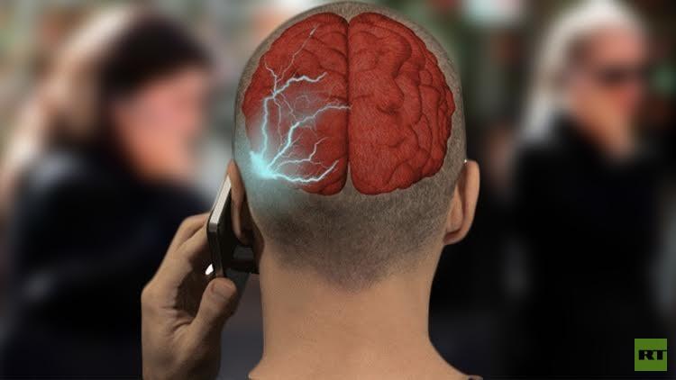 دراسة: الإصابة بالسرطان مرتبطة باستخدام أجهزة الموبايل