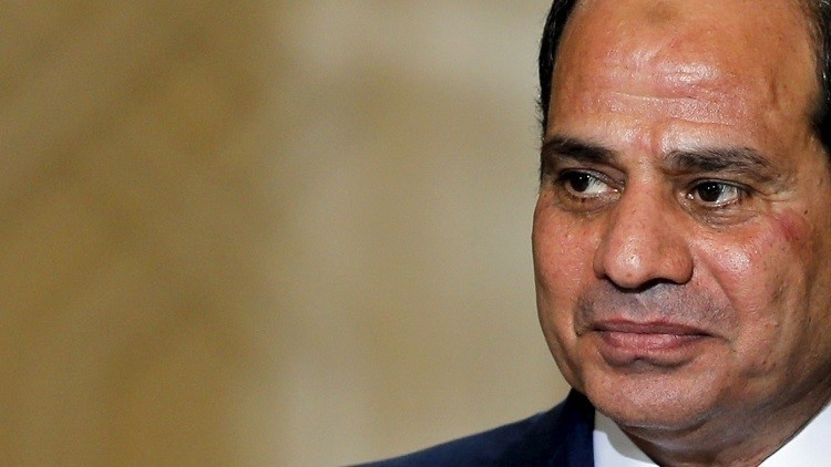 مصر تستلم سلاح واشنطن بيد وتصفعها بأخرى