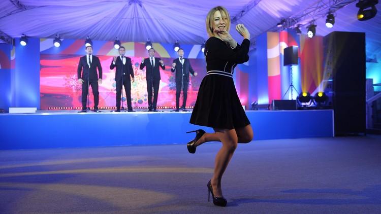 لافروف معجب بـ رقصة زاخاروفا