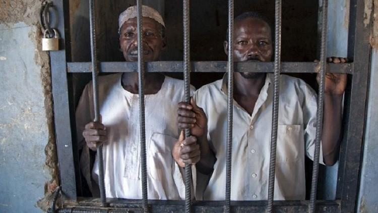 الأمن السوداني يحتجز 8 نشطاء حقوقيين