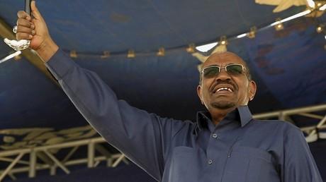 الرئيس السوداني عمر حسن البشير