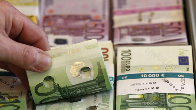 لاجئ يعثر على 20 ألف يورو ويسلمها للشرطة!