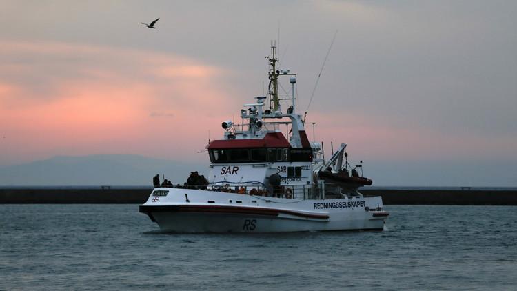 غرق قارب يقل مئات المهاجرين قبالة كريت
