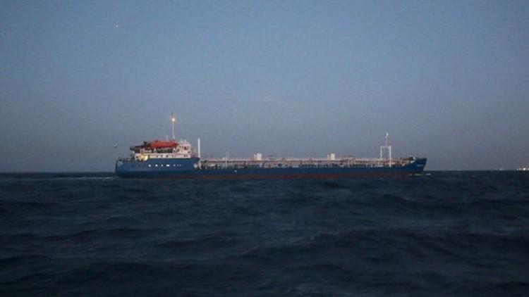موسكو تسعى لتحرير طاقم ناقلتها المحتجزة بليبيا