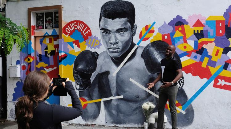 الكشف عن سبب وفاة أسطورة الملاكمة محمد علي