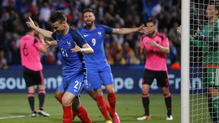 جيرو يقود الديوك الفرنسية للفوز على اسكتلندا (فيديو)