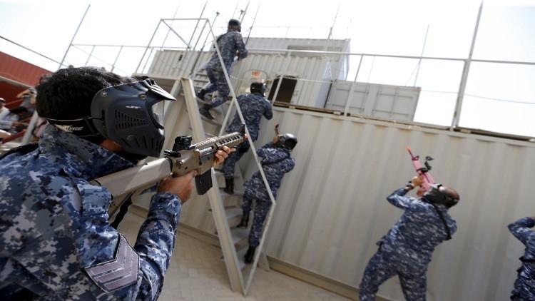 البحرين تقبض على 8 محكومين حاولوا الفرار إلى إيران
