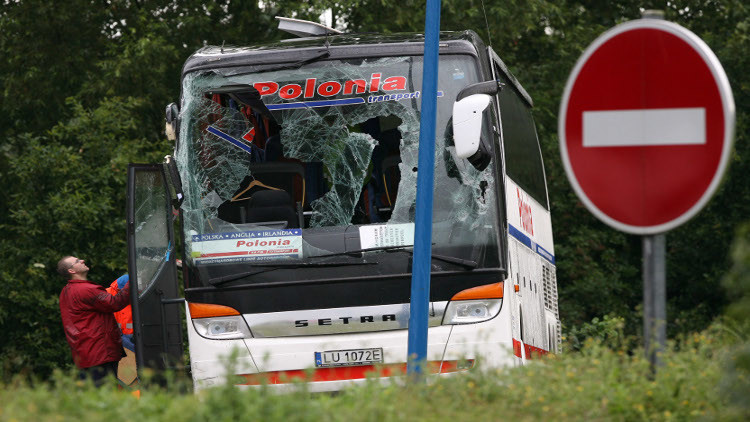إطلاق نار على حافلة سياح في فرنسا