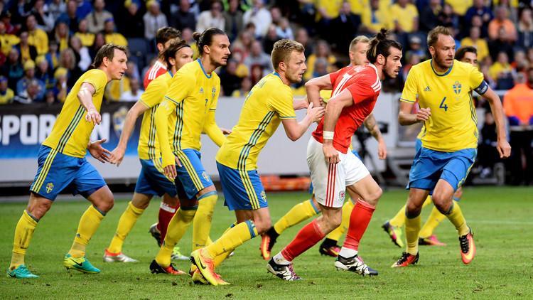 فيديو .. السويد تقسو على ويلز استعدادا لليورو
