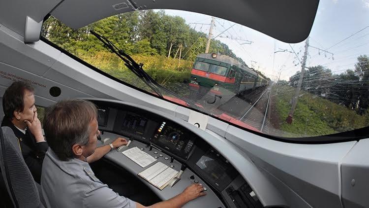 الصين تصنع قطارا فائق السرعة داخل روسيا