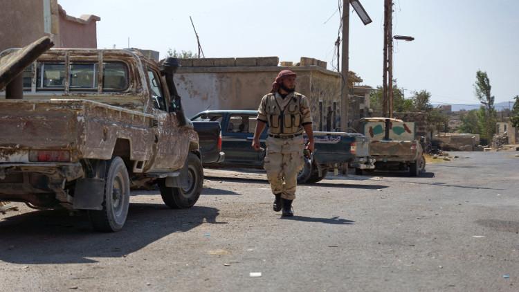 قوات معارضة سورية تكسر حصار داعش في مارع