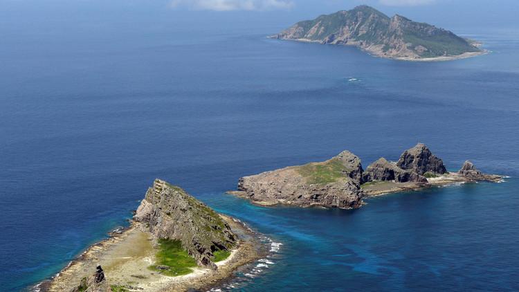 طوكيو قلقة من سفن روسية قرب جزر متنازع عليها