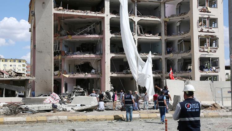 حزب العمال الكردستاني يتبنى تفجير ماردين